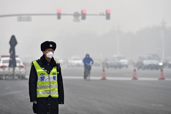 КНР накрыл сильный туман
